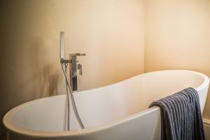 Full size bath holiday house Wye Valley